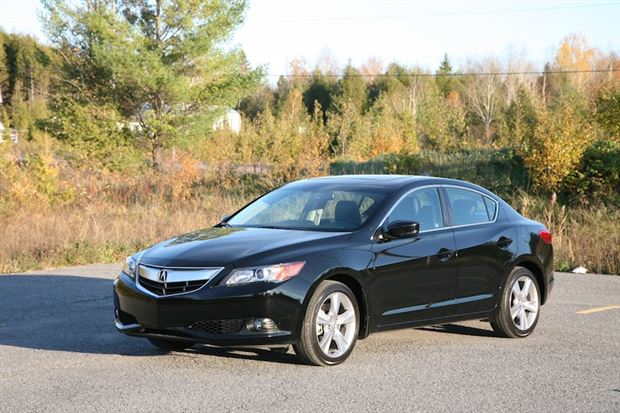 Review: 2013 Acura ILX Dynamic